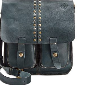 Patricia Nash Handbags - PATRICIA NASH NAVY ARMENO MESSENGER BAG