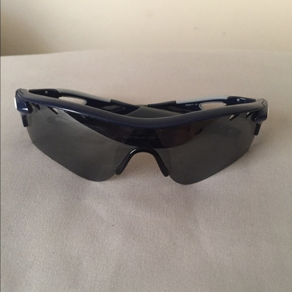 9322de324e01 Navy Blue Gray Radarlock Path Oakley Sunglasses. M 58d851c95a49d08b160d0a5f