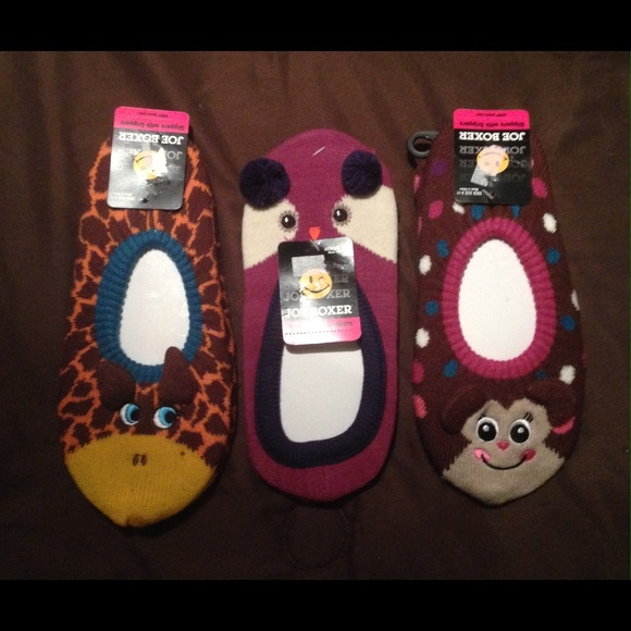 c690ad99a99694 Joe Boxer Slippers With Grippers Socks