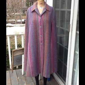Vtg 100% Pure Wool Cape....BEAUTIFUL!