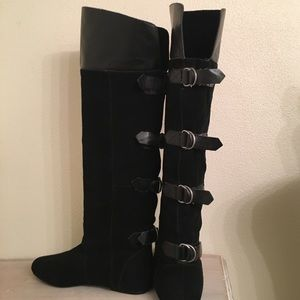 DV Suede and leather boots