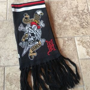 Long knit Ed Hardy scarf