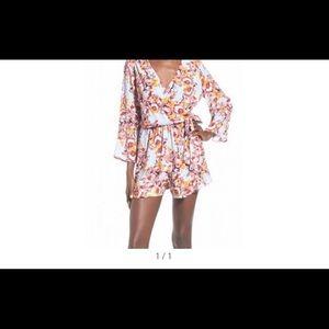 ASTR Pants - Floral print romper