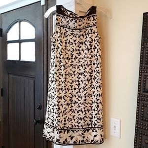 Diane von Furstenberg Dresses & Skirts - Diane Von Furstenberg 100% Silk Sleeveless Dress