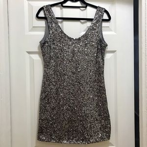 Alythea Dresses & Skirts - Silver sequin party dress by Alythea
