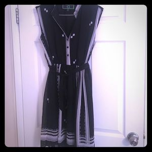 C. Wonder Dresses & Skirts - Beautiful C Wonder belted dress