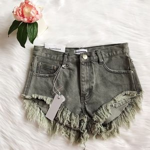 Pants - NWT Urban Outfitters Glamorous Frayed Shorts