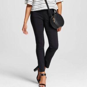 whowhatwear Pants - Whowhatwear Black cropped pants