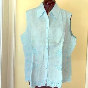 ice Tops - Light blue linen size large blouse eyelet