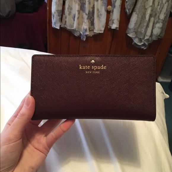 kate spade Handbags - FLASH SALE! Final price drop. Kate spade wallet.