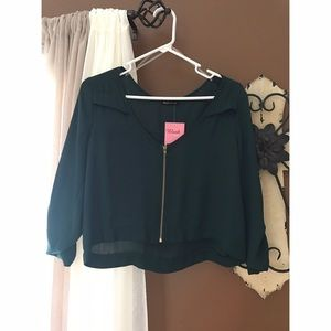 Blush Tops - Deep green crop top