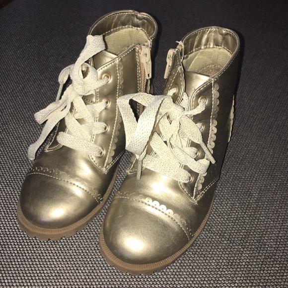 Cat Jack Gold Scallop Boots | Poshmark