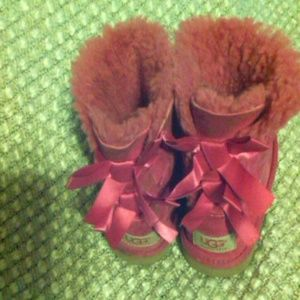 "Cute Ugg Boots Bailey Pink Bows Sheepskin 6"" tall"