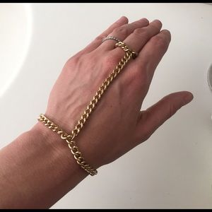 NWT hand chain