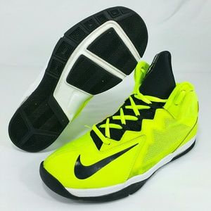 Nike Other - NIKE Air Max Shutter Step 2 Bolt/blk Sz 6Y Wo's 7