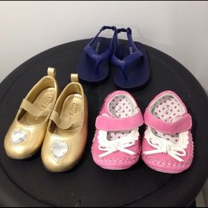 Amy Coe Other - Lot of baby shoes size 2-3