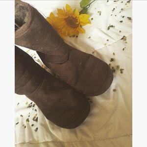Aeropostale Shoes - 🌻 brown ugg like boots (Aeropostale) 🌻