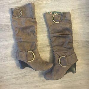 naughty monkey Shoes - Tan wedge boot