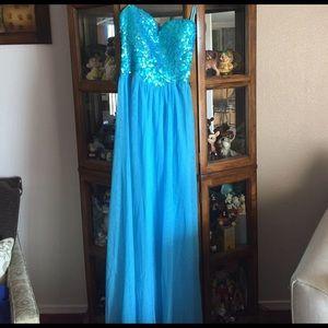 gabriella rocha Dresses & Skirts - Formal dress