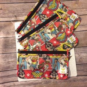 Bumkins Handbags - Set of 3 Wonder Woman travel bags