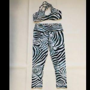 Pilyq Other - PILYQ zebra print workout yoga set large small new