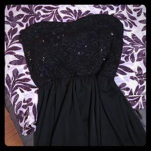 Papaya Dresses & Skirts - Strapless black dress
