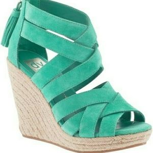 Dolce Vita Shoes - Dolce Vita Green Suede  Wedge Sandal size 8