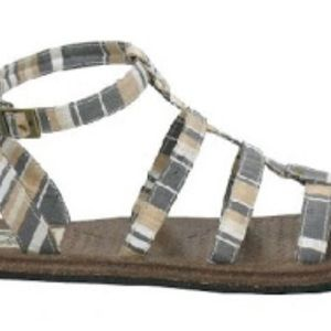 Simple Shoes - Simple Brand TeeToe Gladiator Sandals 6,7,9