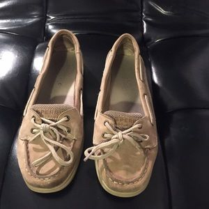 Sperry Shoes - SPERRYS just in time for boat season!