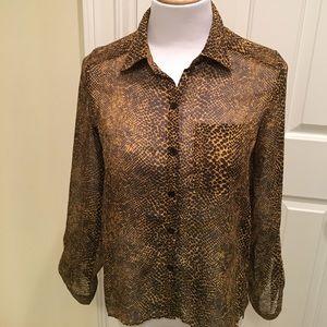 Ali & Kris Adjustable Sleeved Leopard Print Blouse