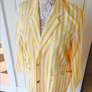 Liz Claiborne Jackets & Blazers - Vintage seersucker – like material blazer