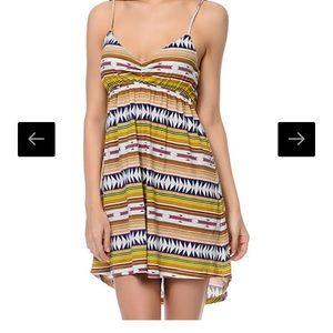 RVCA Dresses & Skirts - NWT- RVCA- Social Rank Tribal Dress- size M