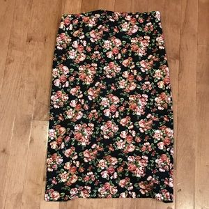 Forever 21 floral knit pencil skirt