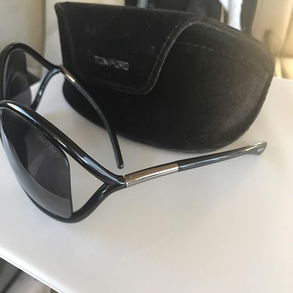 accb6564ce7 Women s Tom Ford Sunglasses. M 58d8544b6802783cec0261e8. Other Accessories  ...