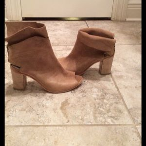 Free People Shoes - Free People size 38 distressed heel