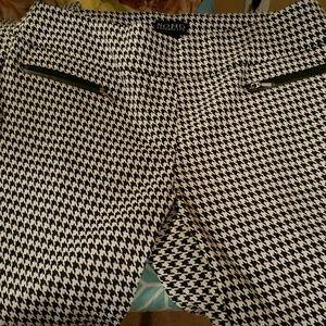Soho Apparel Pants - Houndstooth Pants!