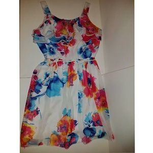 Amy Byer Other - Floral dress