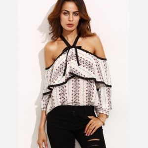 Haute Ellie Tops - 🆕 Black Contrast Trim Printed Ruffle Top