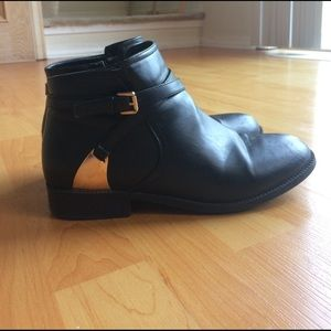 Wanted Shoes - Wanted Amarillo Black Ankle Boots 9.5