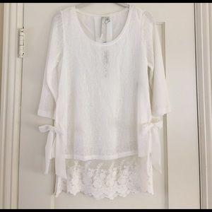 LC Lauren Conrad Sweaters - LC Lauren Conrad dual layer sweater lace hem bows