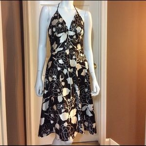 Alyn Paige Dresses & Skirts - Fabulous Alyn Paige Brown & White Halter Dress