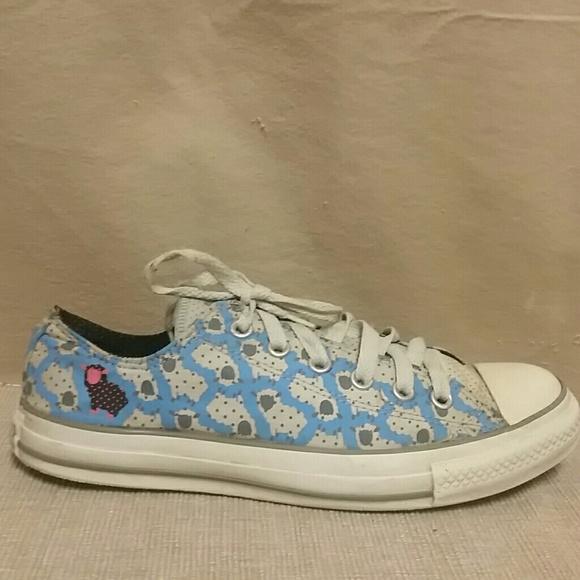 3bad3b7fad62 Converse Shoes - Sheep Converse size 9 Chuck Taylor All Star