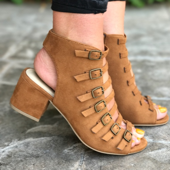 SavedByTheShoes Shoes - Buckle Straps Block Heel Sandal