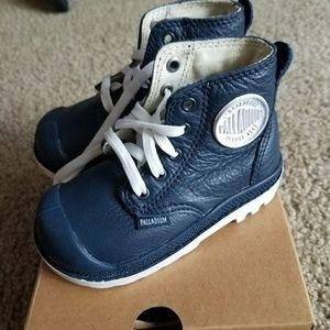 Palladium Other - Palladium Infant Sneaker Boots 5c