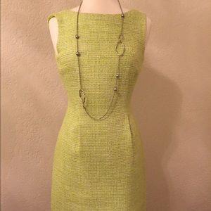 T Tahari Dresses & Skirts - Tahari sleeveless dress