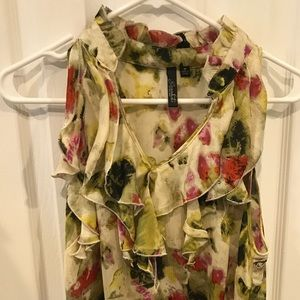 Beautiful boutique ruffle top, watercolor print