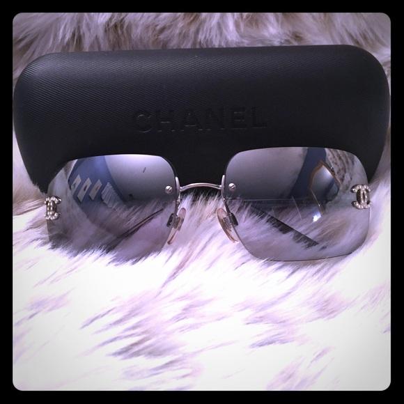 8e9732b75f8 CHANEL Accessories - Authentic CHANEL Crystal CC Logo Sunglasses 4017-D