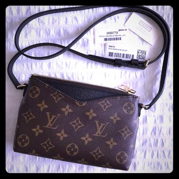829607af2ea3 Louis Vuitton Handbags - Louis Vuitton Pallas BB Pochette