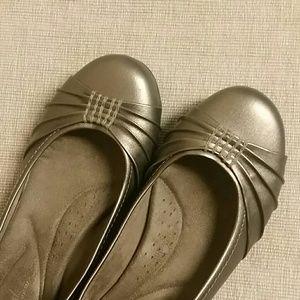 Naturalizer Shoes - Natural soul by Naturalizer metallic? brown flat