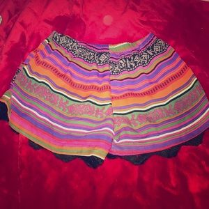 Lucy Love Pants - aztec shorts